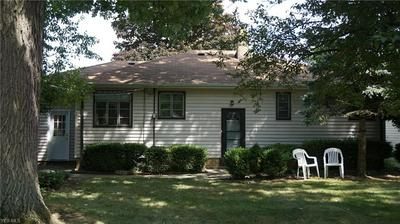 7170 MAPLEWOOD RD, Parma, OH 44130 - Photo 2