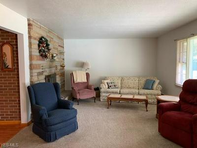 1172 DALTON DR, Painesville, OH 44077 - Photo 2