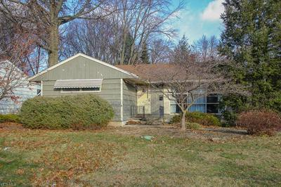 23506 WESTCHESTER DR, NORTH OLMSTED, OH 44070 - Photo 2