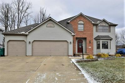 4555 SHELLY DR, INDEPENDENCE, OH 44131 - Photo 1