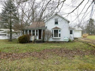 246 CHESTNUT ST, ANDOVER, OH 44003 - Photo 1