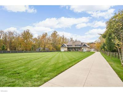 12100 TINKERS CREEK RD, Valley View, OH 44125 - Photo 2