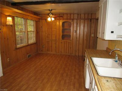 8324 PINEWAY DR, Olmsted Falls, OH 44138 - Photo 2