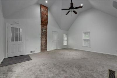 1857 W 47TH ST UPPR, Cleveland, OH 44102 - Photo 2