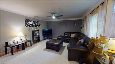 1946 HOPE HAVEN DR, Parma, OH 44134 - Photo 2