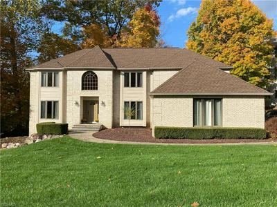 1313 HOMESTEAD CREEK DR, Broadview Heights, OH 44147 - Photo 1
