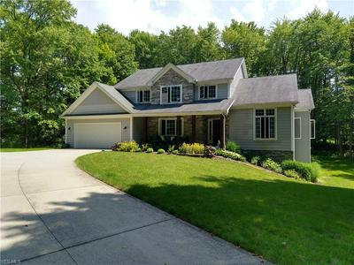 35186 HOLBROOK RD, CHAGRIN FALLS, OH 44022 - Photo 1