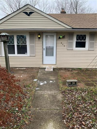 649 MAPLEWOOD AVE, Brunswick, OH 44212 - Photo 1