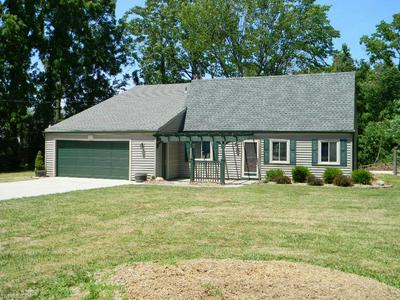 16954 DRAKE RD, Strongsville, OH 44136 - Photo 2