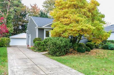 9421 ALEXANDER RD, Garfield Heights, OH 44125 - Photo 2