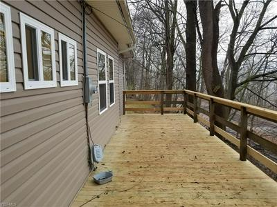 802 GRANDVIEW AVE, COSHOCTON, OH 43812 - Photo 2