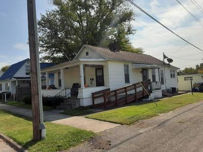 472 E MCCONNEL AVE, McConnelsville, OH 43756 - Photo 2