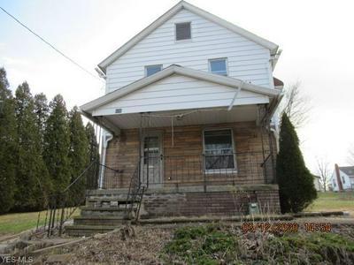 500 GRANDVIEW AVE, BARBERTON, OH 44203 - Photo 1