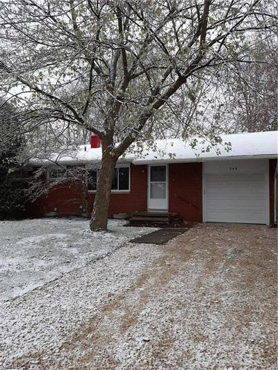 345 N AVON AVE, Wadsworth, OH 44281 - Photo 2