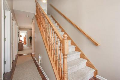 3 CANTERBURY CIR, OBERLIN, OH 44074 - Photo 2