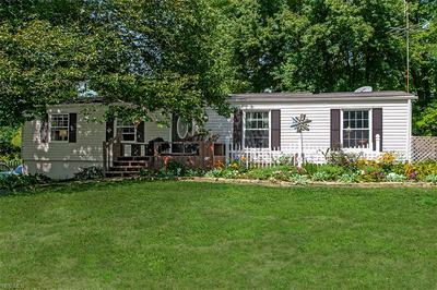 7704 BLACKFORD DR, Chagrin Falls, OH 44022 - Photo 2