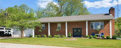 712 MONTGOMERY HILL RD, Walker, WV 26180 - Photo 1