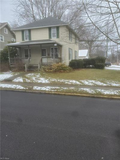 347 N LYMAN ST, Wadsworth, OH 44281 - Photo 1