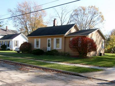 650 FRANKLIN AVE, Amherst, OH 44001 - Photo 1