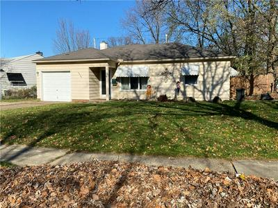 6565 AYLESWORTH DR, Parma Heights, OH 44130 - Photo 1