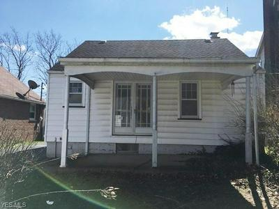 712 PALMER AVE, YOUNGSTOWN, OH 44502 - Photo 2