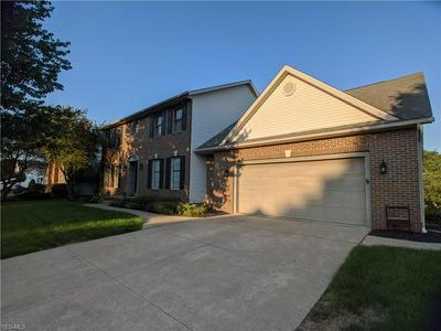 5772 SHALLOW CREEK AVE, Louisville, OH 44641 - Photo 2