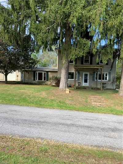 34860 WALNUT RDG, SALINEVILLE, OH 43945 - Photo 1