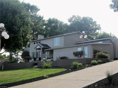 6136 SOUTHERN HILLS CT, Canfield, OH 44406 - Photo 1