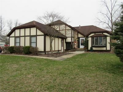 588 FIELDSTONE DR, AMHERST, OH 44001 - Photo 1
