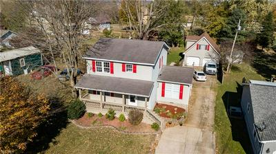 61 N MEADOWLARK DR, Williamstown, WV 26187 - Photo 2