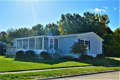 5 JESSICA LN, Olmsted Township, OH 44138 - Photo 2