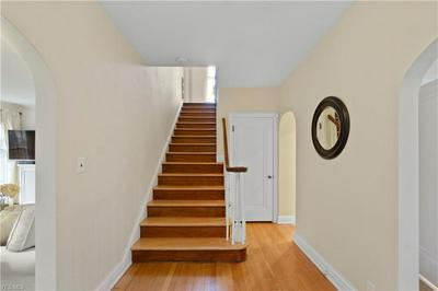2681 DERBYSHIRE RD, CLEVELAND HEIGHTS, OH 44106 - Photo 2