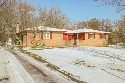 725 SIMICH DR, SEVEN HILLS, OH 44131 - Photo 1