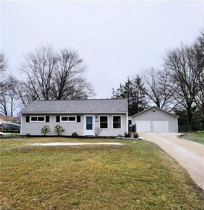 2033 PINEWOOD DR, Brunswick, OH 44212 - Photo 1