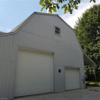 10655 SHANKSDOWN RD, Garrettsville, OH 44231 - Photo 2