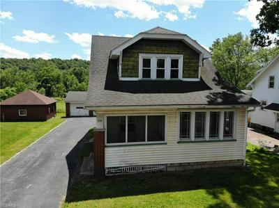 215 W WOOD ST, Lowellville, OH 44436 - Photo 2