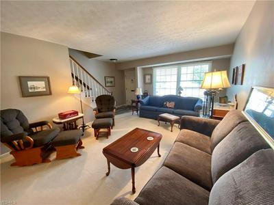 34106 CHAGRIN BLVD APT 4103, Moreland Hills, OH 44022 - Photo 2