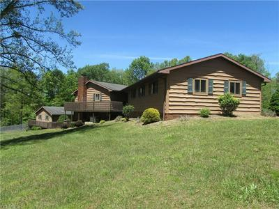 211 WOODLAND AVE, Harrisville, WV 26362 - Photo 2