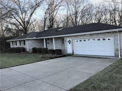 257 PARKVIEW DR, HUBBARD, OH 44425 - Photo 1