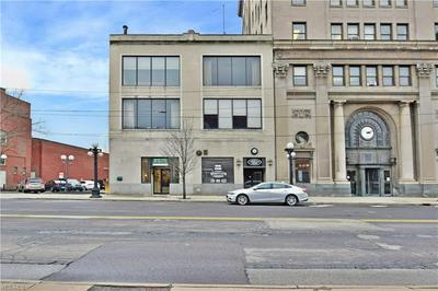 112 E MARKET ST, Warren, OH 44481 - Photo 1