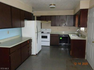 16061 CHURCHILL DR, Columbia Station, OH 44028 - Photo 2