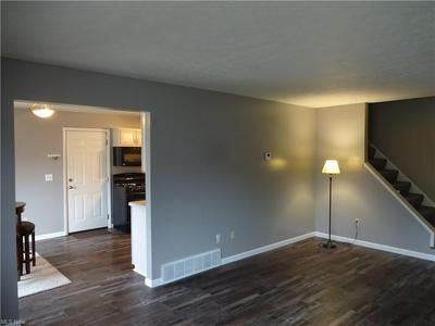 34996 N TURTLE TRL # 22A, Willoughby, OH 44094 - Photo 2