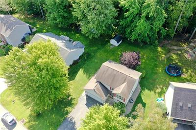 220 LAURA LN, Cortland, OH 44410 - Photo 2