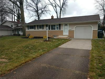 25022 DOE DR, North Olmsted, OH 44070 - Photo 2