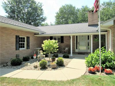1818 N WALNUT ST, Dover, OH 44622 - Photo 2