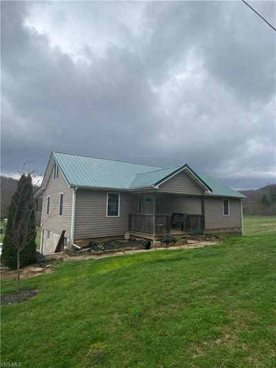 7455 OLD GRADE RD, CHESTERHILL, OH 43728 - Photo 2