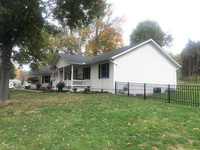 1204 E FRONT ST, Dover, OH 44622 - Photo 2