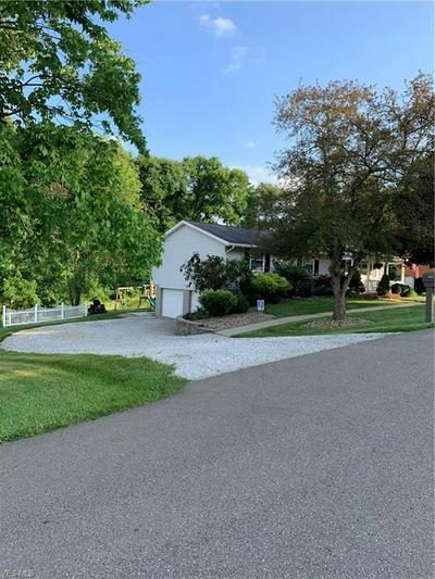 3160 LISA LN, Zanesville, OH 43701 - Photo 2