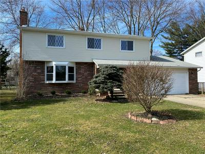 4658 CAMELLIA LN, NORTH OLMSTED, OH 44070 - Photo 2