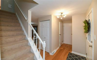 4424 LUNAR DR, Stow, OH 44224 - Photo 2